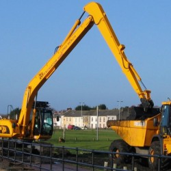 JCB JS220 Long Reach - 15m